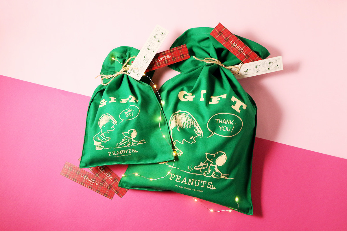 店舗で人気のギフトバッグがクリスマスカラーになって登場!